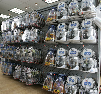 100's of Original and New Star Wars Action Figures