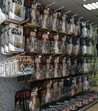100`s of Original and New Star Wars Action Figures