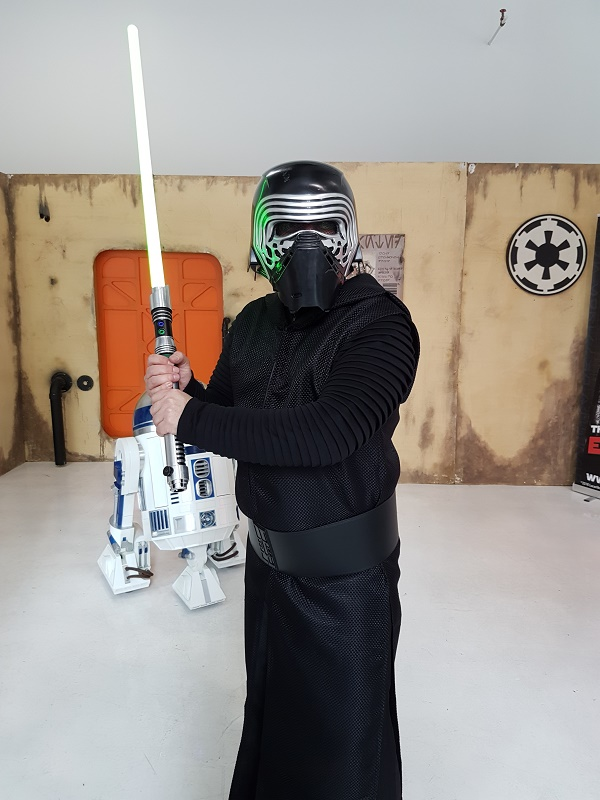 Kylo Ren Costume review by Brett from South Africa
